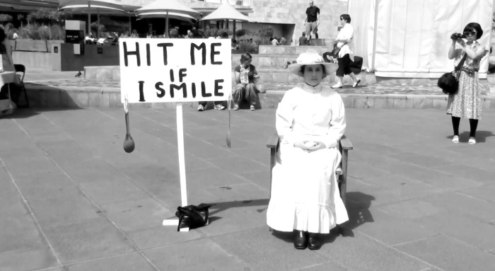 "Inez de Vega ""Hit Me If I Smile"" 2010"