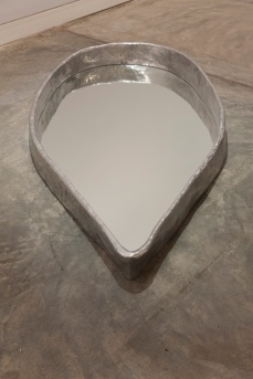 Pinaree Sanpitak, The Mirror, 2009. Aluminium and mirrored glass. 193 x 95 x 18 cm. Collection: Gene & Brian Sherman. Photo: silversalt photography, 2014